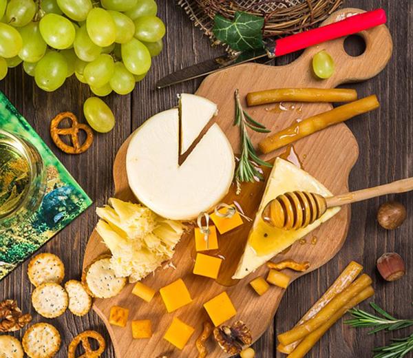 ¿Cómo hacer una tabla de quesos?