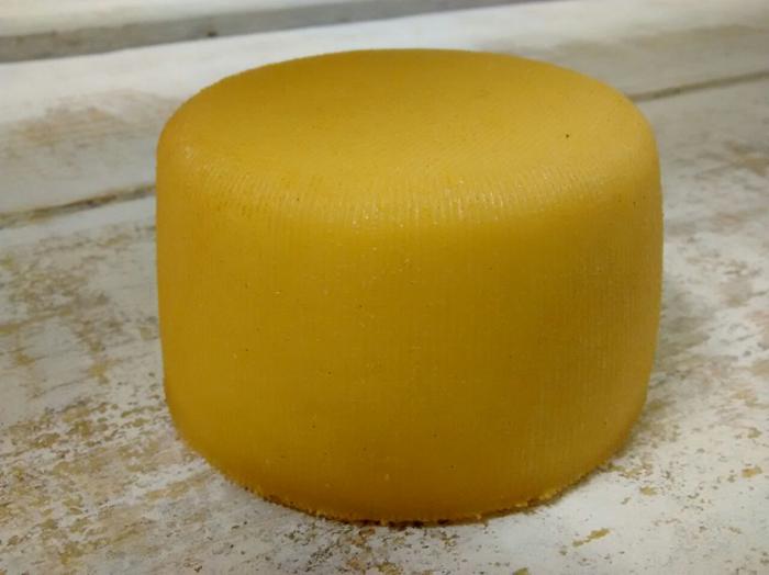 queso-ahumado-cantabria