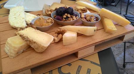 Tabla de queso de Sicilia, en Palermo.
